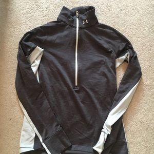 Tops - Under Armour Small Sweatshirt